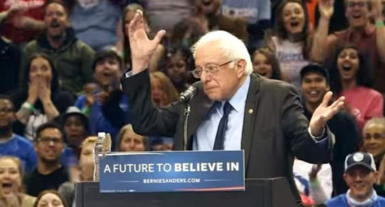 Media Unimpressed as Bernie Barely Gets 5 Birds to Land on Podium During Rally